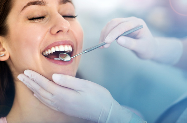 tooth extraction in Port Charlotte